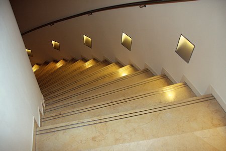 kreuder steinmetzbetrieb in frankfurt main akzente in naturstein treppenanlagen. Black Bedroom Furniture Sets. Home Design Ideas